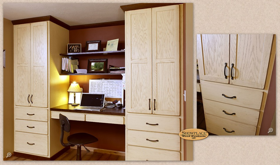 A home office by Showplace Wood Cabinetry