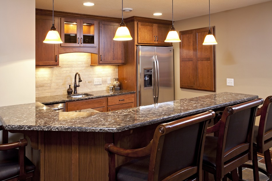 Farmington Basement Bar Center Cabinetry