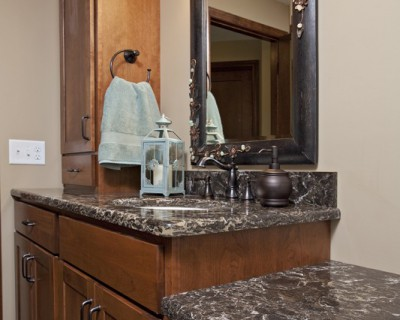 Farmington Bathroom Cabinetry
