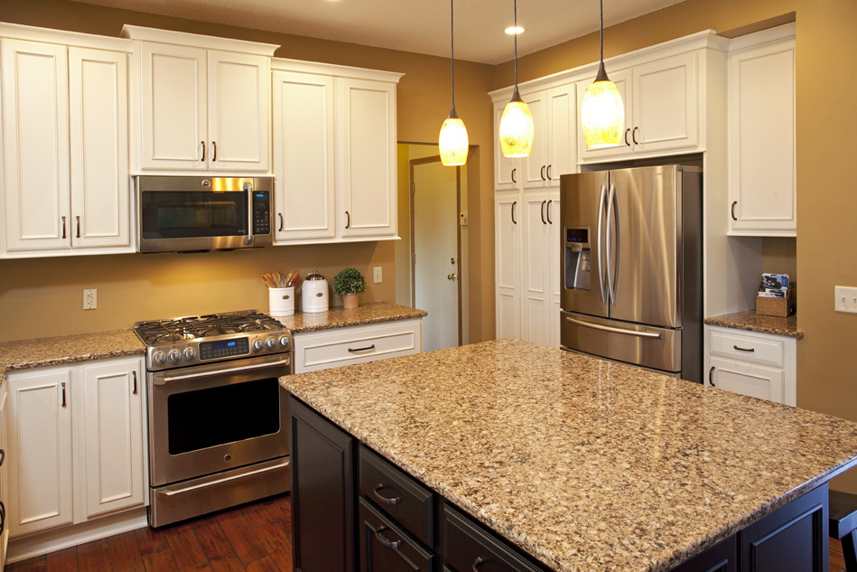 Gentil Apple Valley Kitchen Remodel | The Cabinet Store Apple Valley MN