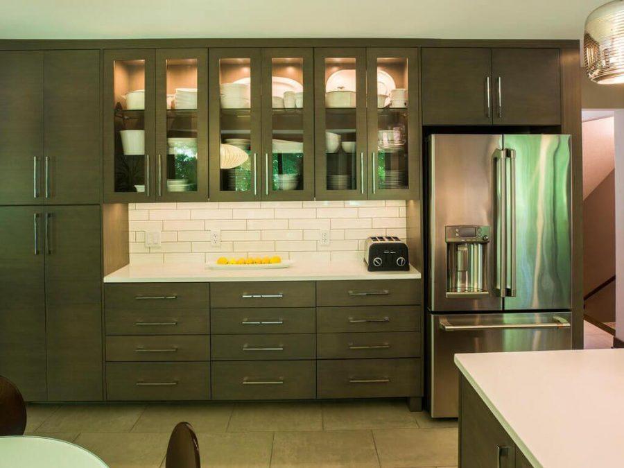 Modern Kitchen White Qaurtz Counters