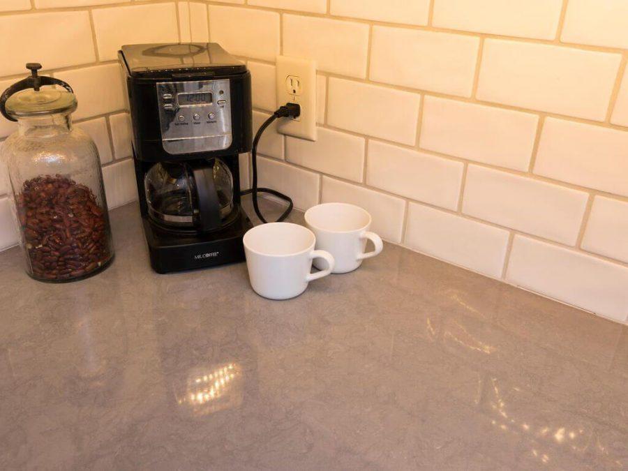 quarts countertop tile backsplash